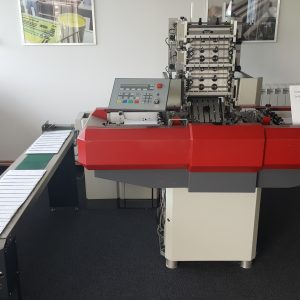 Kern envelope inserting machine
